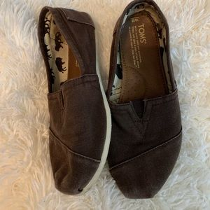 Toms shoes brown animal print